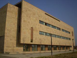 http://www.incubatoritoscani.it/wp-content/uploads/2010/11/IUF_esterno_2.jpg